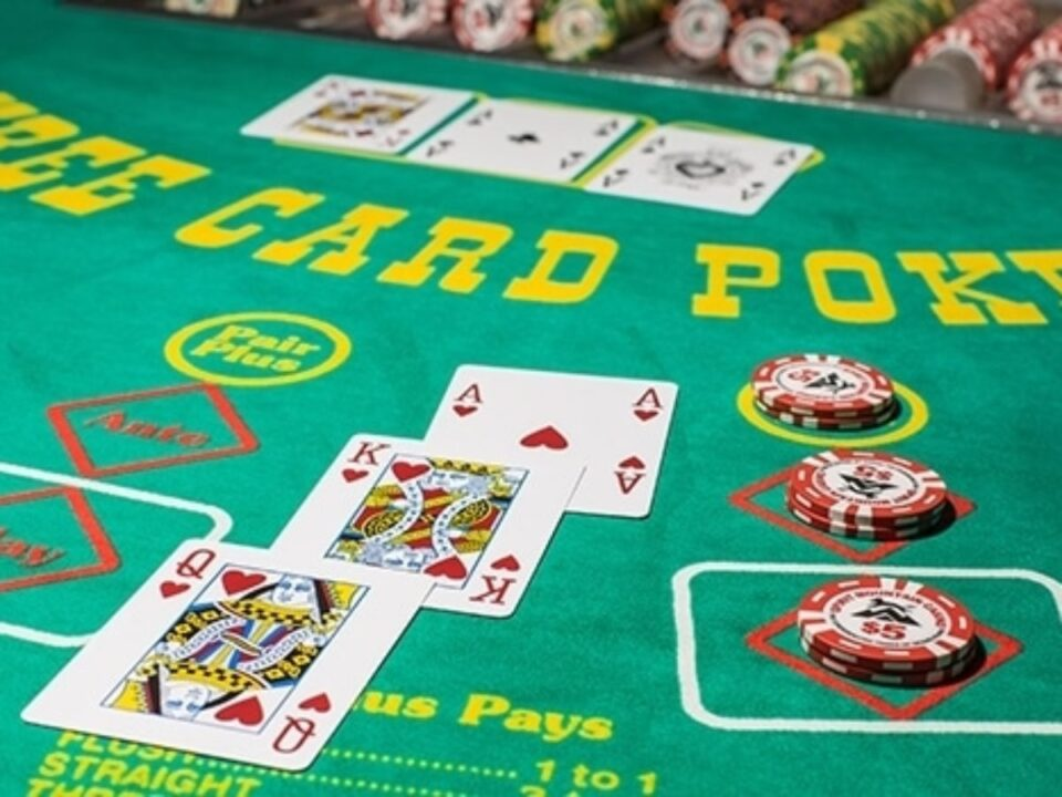 A Guide On How To Play 3 Card Poker